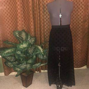 Black mesh doted skirt